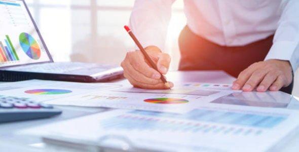 Cursuri de Excel avansat laptop