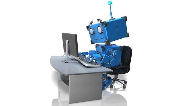 Lean Six Sigma RPA- robot muncind la birou